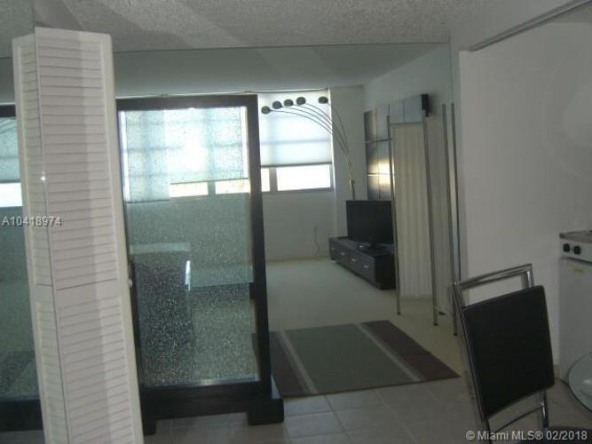 905 Brickell Bay Drive, Miami, FL 33131, Four Ambassadors #469, Brickell, Miami A10418974 image #8