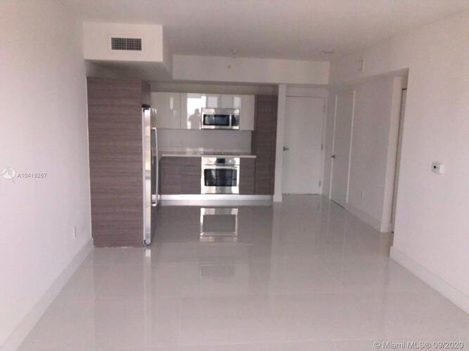 1010 SW 2nd Avenue, Miami, FL 33130, Brickell Ten #1801, Brickell, Miami A10419267 image #2