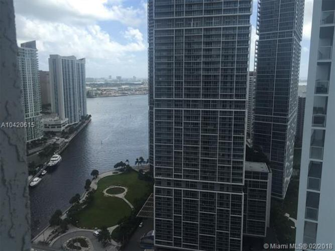 500 Brickell Avenue and 55 SE 6 Street, Miami, FL 33131, 500 Brickell #3407, Brickell, Miami A10420615 image #3