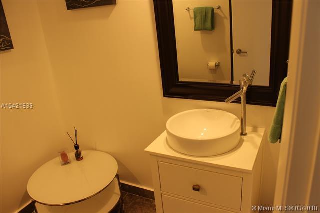 465 Brickell Ave, Miami, FL 33131, Icon Brickell I #2704, Brickell, Miami A10421833 image #34