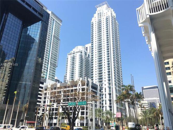 1050 Brickell Ave & 1060 Brickell Avenue, Miami FL 33131, Avenue 1060 Brickell #2215, Brickell, Miami A10423149 image #18