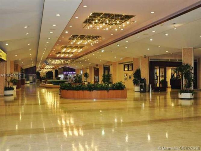 905 Brickell Bay Drive, Miami, FL 33131, Four Ambassadors #1065, Brickell, Miami A10425935 image #4