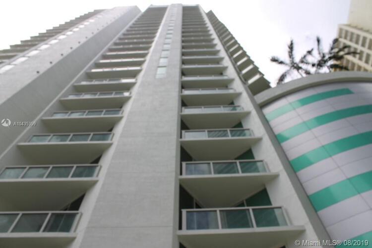 218 SE 14th St, Miami, Fl 33131, Emerald at Brickell #1906, Brickell, Miami A10435359 image #1