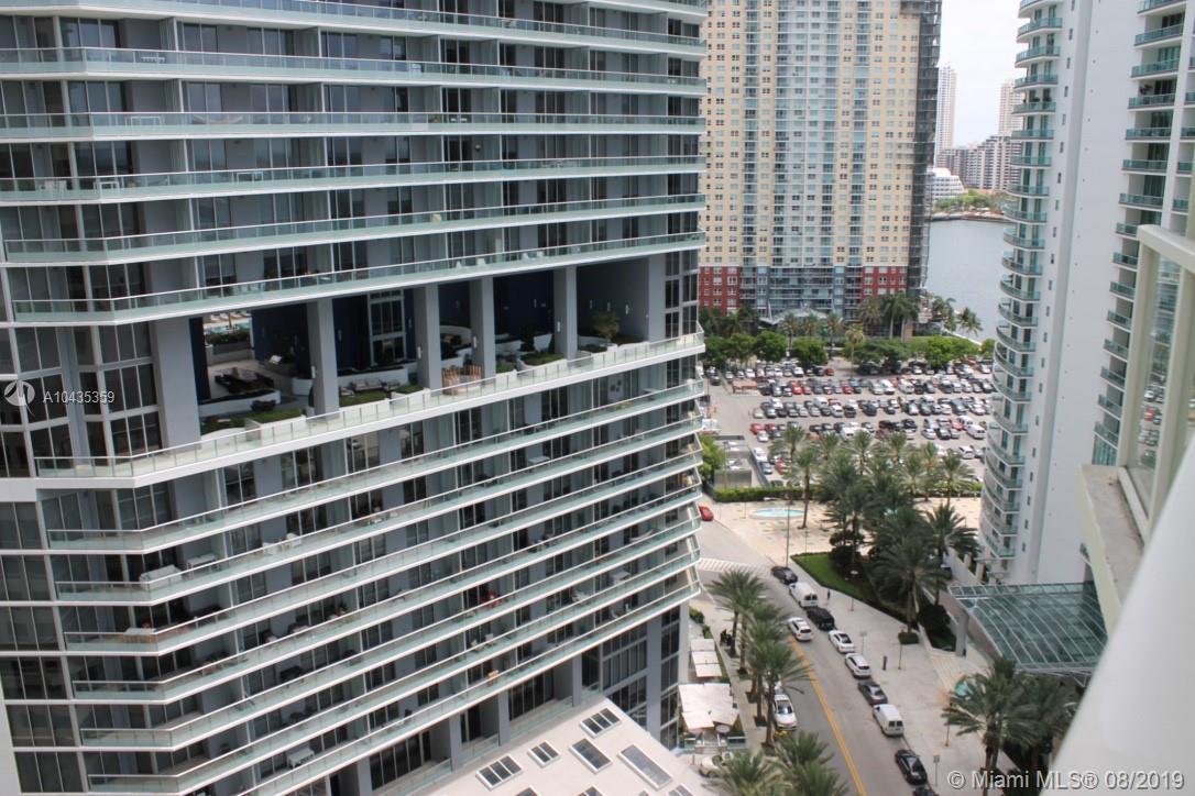 218 SE 14th St, Miami, Fl 33131, Emerald at Brickell #1906, Brickell, Miami A10435359 image #10