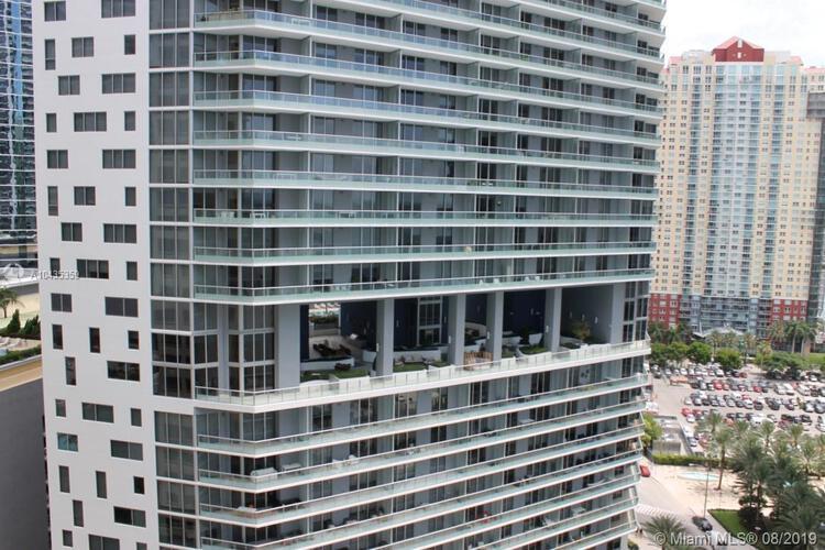 218 SE 14th St, Miami, Fl 33131, Emerald at Brickell #1906, Brickell, Miami A10435359 image #13