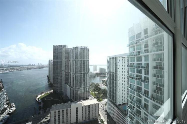 Brickell on the River North image #14