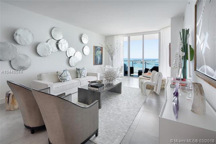 1300 Brickell Bay Drive, Miami, FL 33131, Brickell House #3801, Brickell, Miami A10440044 image #2