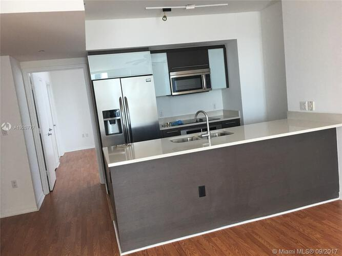 500 Brickell Avenue and 55 SE 6 Street, Miami, FL 33131, 500 Brickell #3810, Brickell, Miami A1926777 image #3