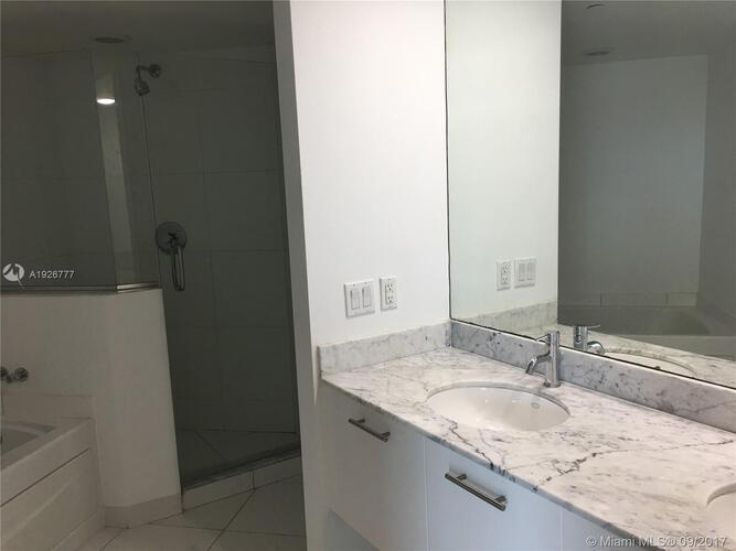 500 Brickell Avenue and 55 SE 6 Street, Miami, FL 33131, 500 Brickell #3810, Brickell, Miami A1926777 image #4