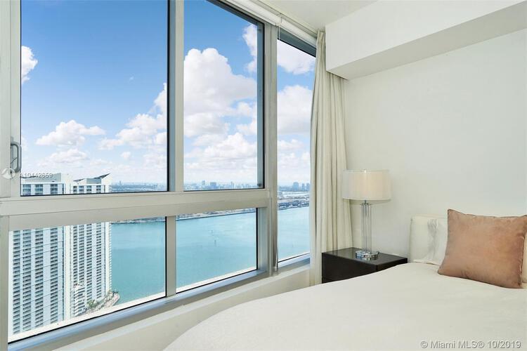 465 Brickell Ave, Miami, FL 33131, Icon Brickell I #4201, Brickell, Miami A10442659 image #25