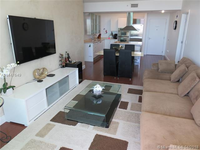 218 SE 14th St, Miami, Fl 33131, Emerald at Brickell #1503, Brickell, Miami A10447649 image #4