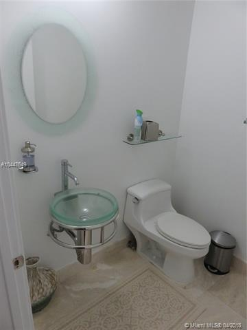 218 SE 14th St, Miami, Fl 33131, Emerald at Brickell #1503, Brickell, Miami A10447649 image #17