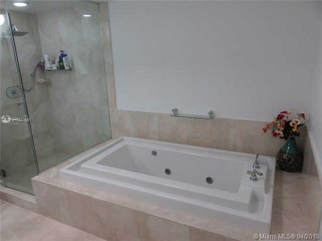 218 SE 14th St, Miami, Fl 33131, Emerald at Brickell #1503, Brickell, Miami A10447681 image #11