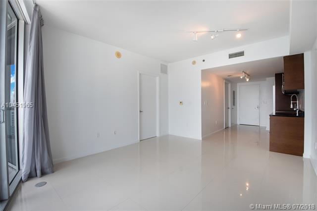 465 Brickell Ave, Miami, FL 33131, Icon Brickell I #4904, Brickell, Miami A10451965 image #3