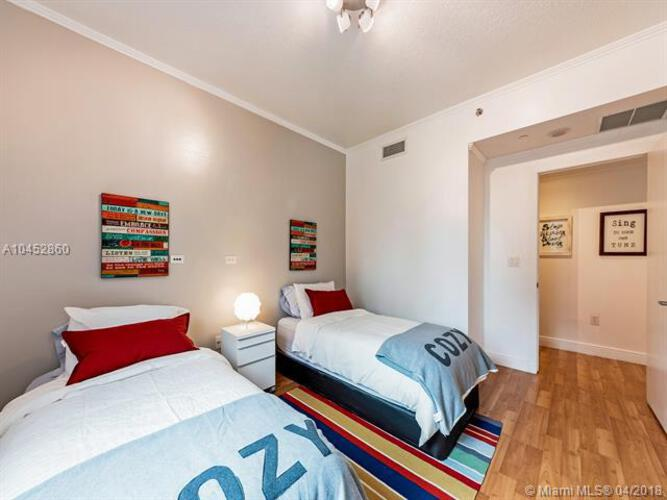 1050 Brickell Ave & 1060 Brickell Avenue, Miami FL 33131, Avenue 1060 Brickell #1407, Brickell, Miami A10452860 image #10