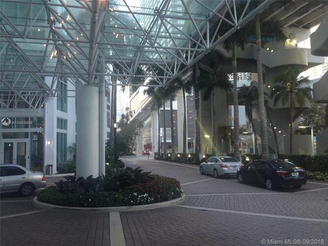 31 SE 5 St, Miami, FL. 33131, Brickell on the River North #901, Brickell, Miami A10453664 image #3