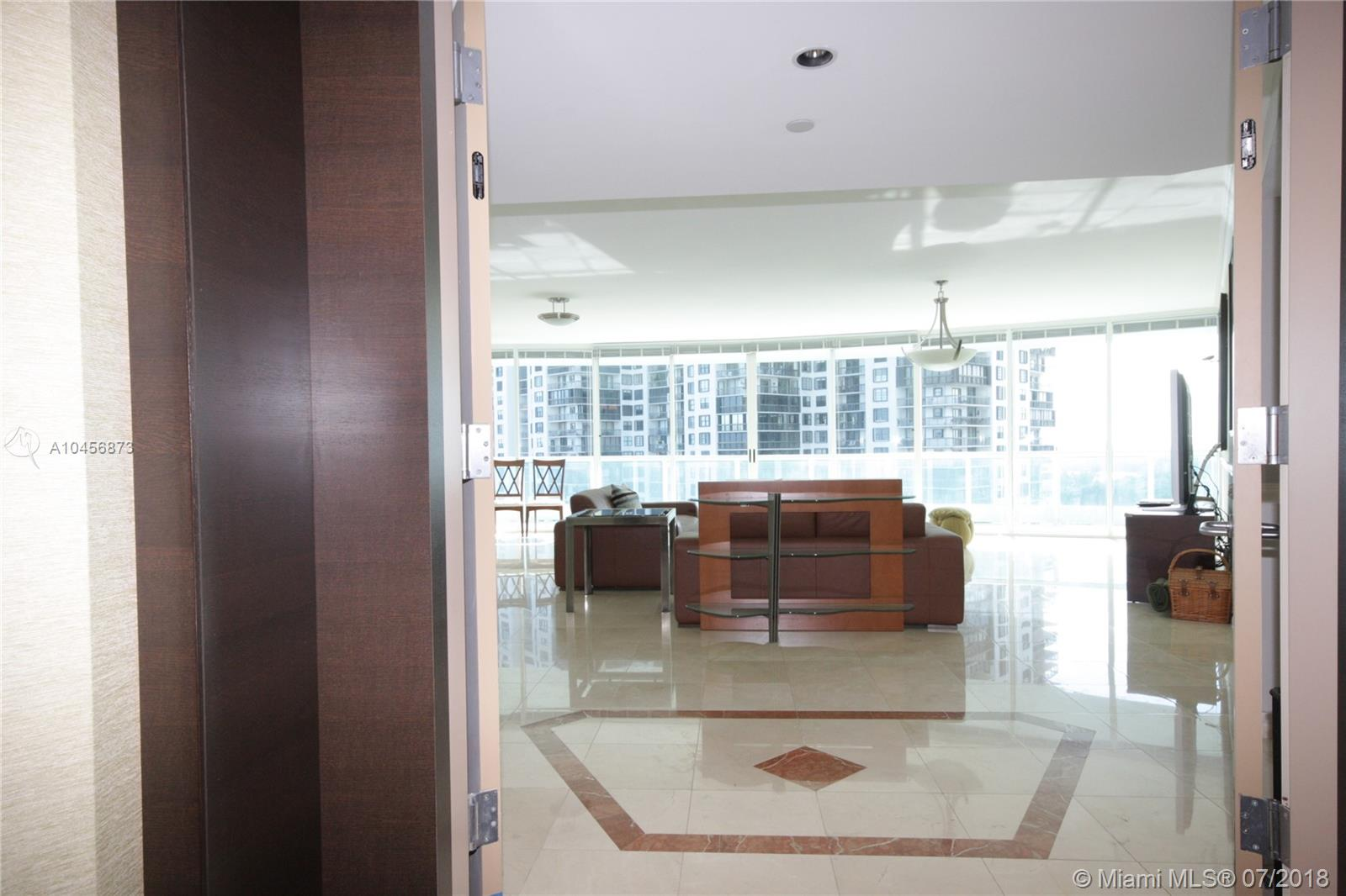 2127 Brickell Avenue, Miami, FL 33129, Bristol Tower Condominium #1702, Brickell, Miami A10456873 image #4