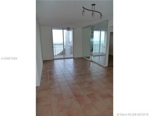 185 Southeast 14th Terrace, Miami, FL 33131, Fortune House #2507, Brickell, Miami A10457525 image #3