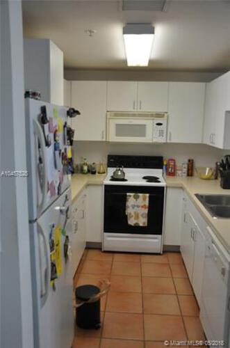 185 Southeast 14th Terrace, Miami, FL 33131, Fortune House #2507, Brickell, Miami A10457525 image #5