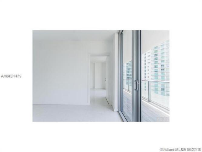 1300 Brickell Bay Drive, Miami, FL 33131, Brickell House #2605, Brickell, Miami A10461479 image #5