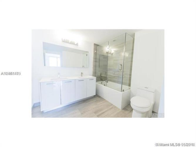 1300 Brickell Bay Drive, Miami, FL 33131, Brickell House #2605, Brickell, Miami A10461479 image #15