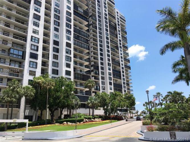 2333 Brickell Avenue, Miami Fl 33129, Brickell Bay Club #208, Brickell, Miami A10462594 image #4
