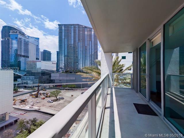 500 Brickell Avenue and 55 SE 6 Street, Miami, FL 33131, 500 Brickell #1410, Brickell, Miami A10462779 image #1