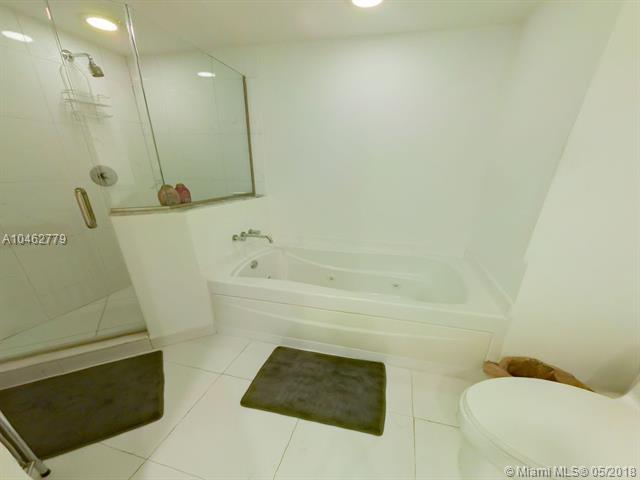 500 Brickell Avenue and 55 SE 6 Street, Miami, FL 33131, 500 Brickell #1410, Brickell, Miami A10462779 image #8