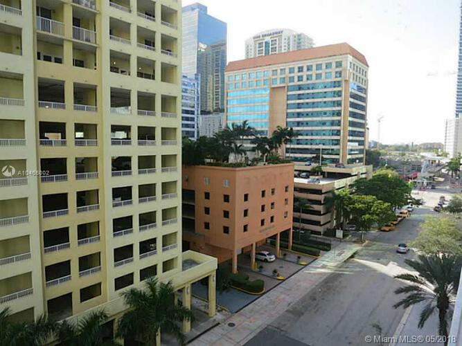 1300 Brickell Bay Drive, Miami, FL 33131, Brickell House #702, Brickell, Miami A10466002 image #9