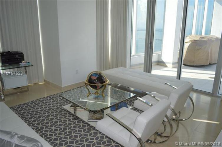 495 Brickell Ave, Miami, FL 33131, Icon Brickell II #PH 5701, Brickell, Miami A10467623 image #10