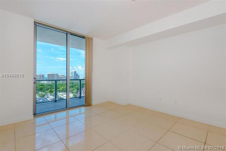 1111 SW 1st Avenue, Miami, FL 33130 (North) and 79 SW 12th Street, Miami, FL 33130 (South), Axis #1903-S, Brickell, Miami A10469519 image #19