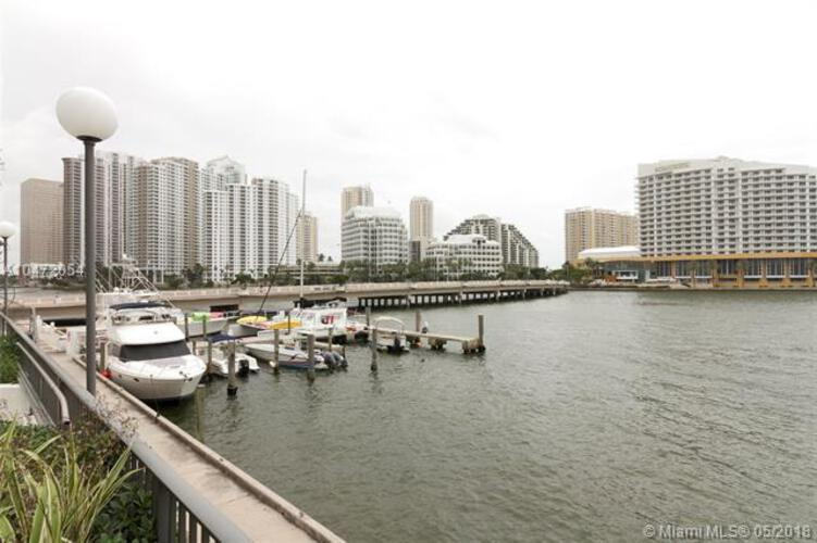 905 Brickell Bay Drive, Miami, FL 33131, Four Ambassadors #207, Brickell, Miami A10472054 image #17