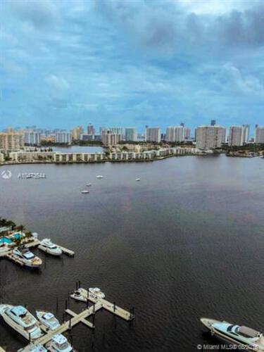 Marina Palms Yacht Club and Residences North Tower image #18