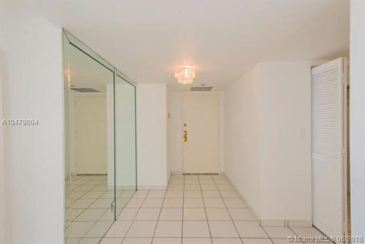 1901 Brickell Ave, Miami. FL 33129, Brickell Place I #B 814, Brickell, Miami A10479004 image #2