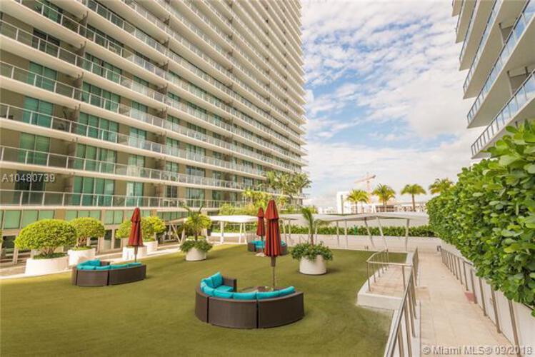 1111 SW 1st Avenue, Miami, FL 33130 (North) and 79 SW 12th Street, Miami, FL 33130 (South), Axis #1816-N, Brickell, Miami A10480739 image #1
