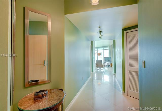 Emerald at Brickell image #1