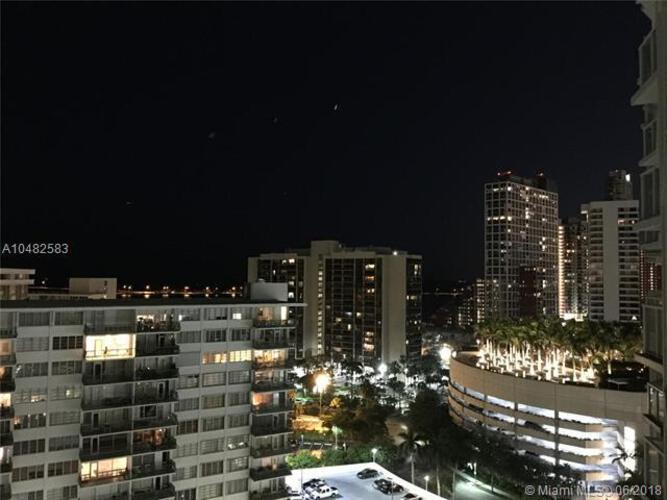 218 SE 14th St, Miami, Fl 33131, Emerald at Brickell #1501, Brickell, Miami A10482583 image #21