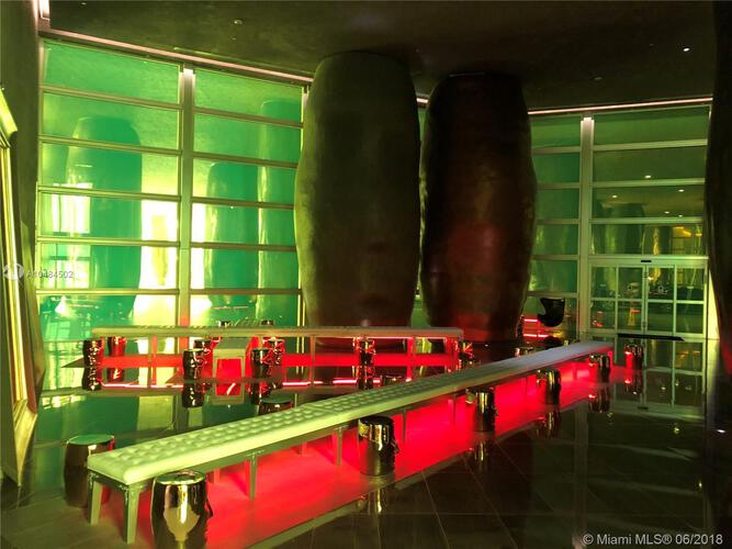 Icon Brickell I image #14