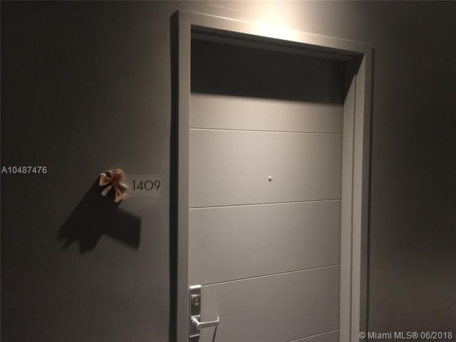 1010 Brickell image #5