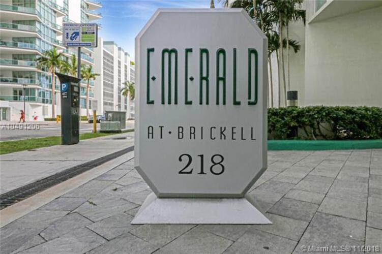 218 SE 14th St, Miami, Fl 33131, Emerald at Brickell #TS106, Brickell, Miami A10491206 image #16