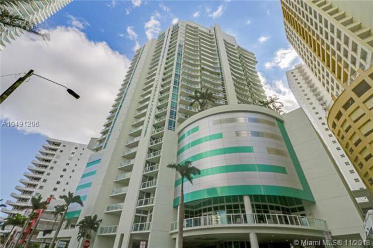 218 SE 14th St, Miami, Fl 33131, Emerald at Brickell #TS106, Brickell, Miami A10491206 image #17