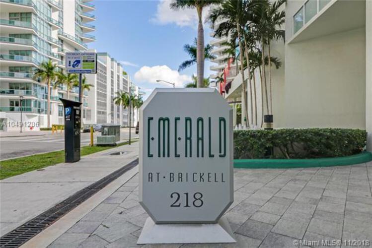 218 SE 14th St, Miami, Fl 33131, Emerald at Brickell #TS106, Brickell, Miami A10491206 image #18