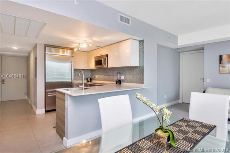 1300 Brickell Bay Drive, Miami, FL 33131, Brickell House #2201, Brickell, Miami A10495401 image #8