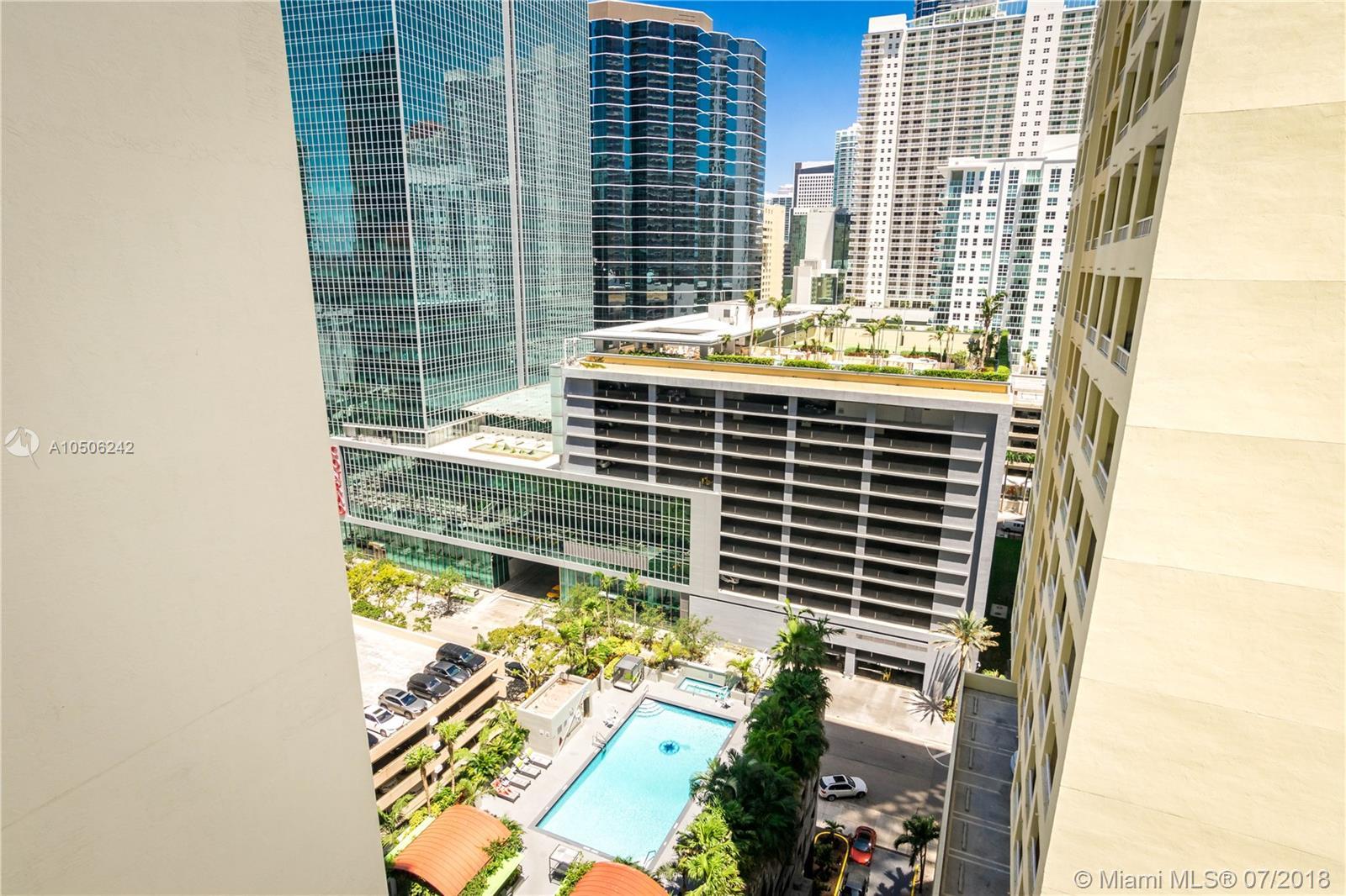 185 Southeast 14th Terrace, Miami, FL 33131, Fortune House #1812, Brickell, Miami A10506242 image #1