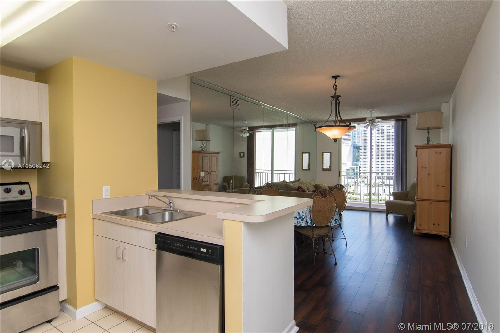 185 Southeast 14th Terrace, Miami, FL 33131, Fortune House #1812, Brickell, Miami A10506242 image #3