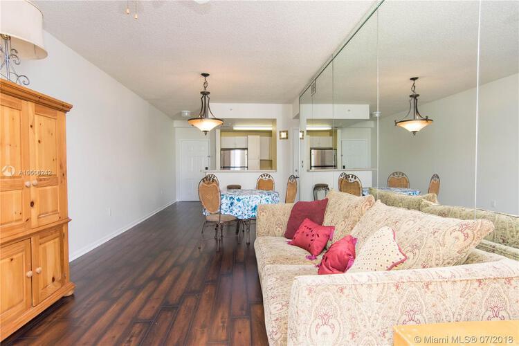 185 Southeast 14th Terrace, Miami, FL 33131, Fortune House #1812, Brickell, Miami A10506242 image #9