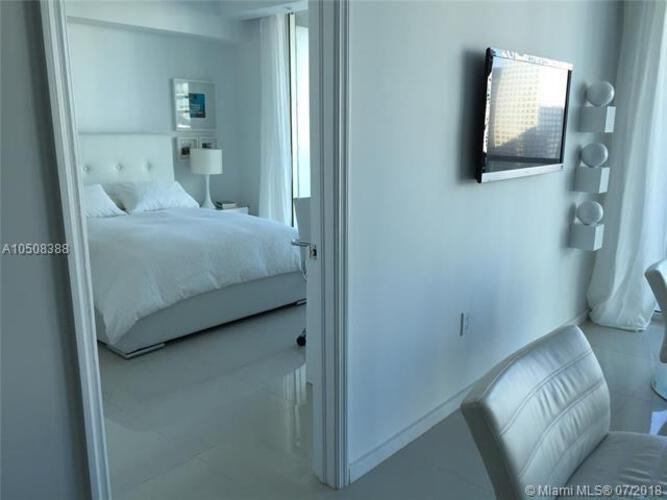 500 Brickell Avenue and 55 SE 6 Street, Miami, FL 33131, 500 Brickell #3305, Brickell, Miami A10508388 image #6