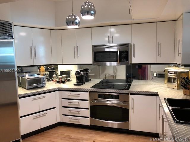 2127 Brickell Avenue, Miami, FL 33129, Bristol Tower Condominium #1704, Brickell, Miami A10509500 image #2