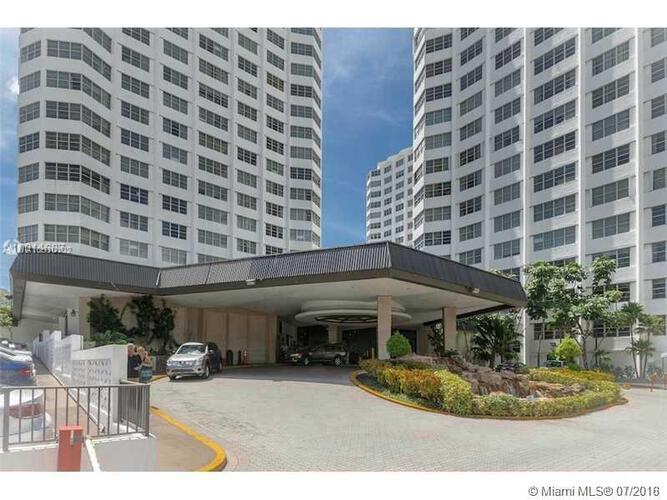 905 Brickell Bay Drive, Miami, FL 33131, Four Ambassadors #510, Brickell, Miami A10510102 image #5