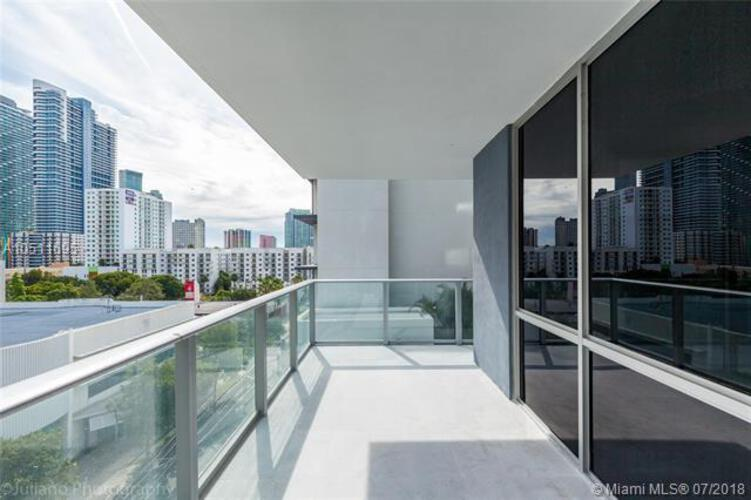 Brickell Ten image #23